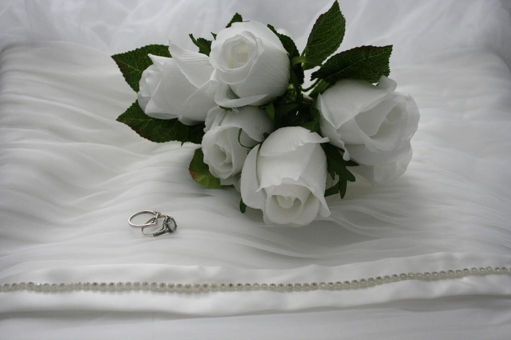 結婚式プロフィールビデオ・エンドロールのchouchou(シュシュ) 指輪