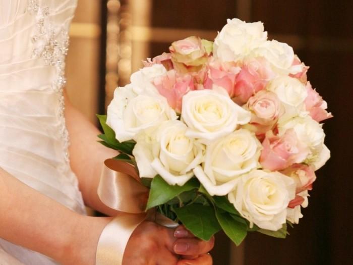 ブーケ種類選び方|結婚式ムービーchouchou(シュシュ)