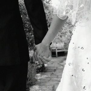 結婚式招待状の期日・差出人1|結婚式ムービーchouchou(シュシュ)